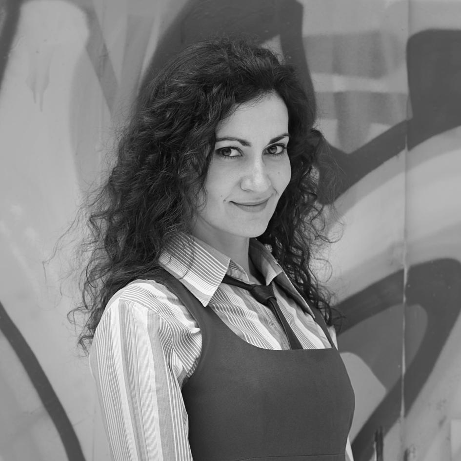 Ана Младенова